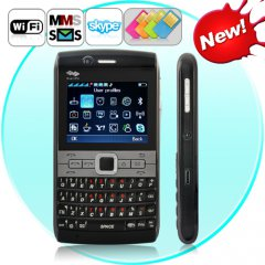 Quattuor - ������� ������� � QWERTY ����������� �� 4 Sim-����� (WiFi, Java, Bluetooth, ��, FM)